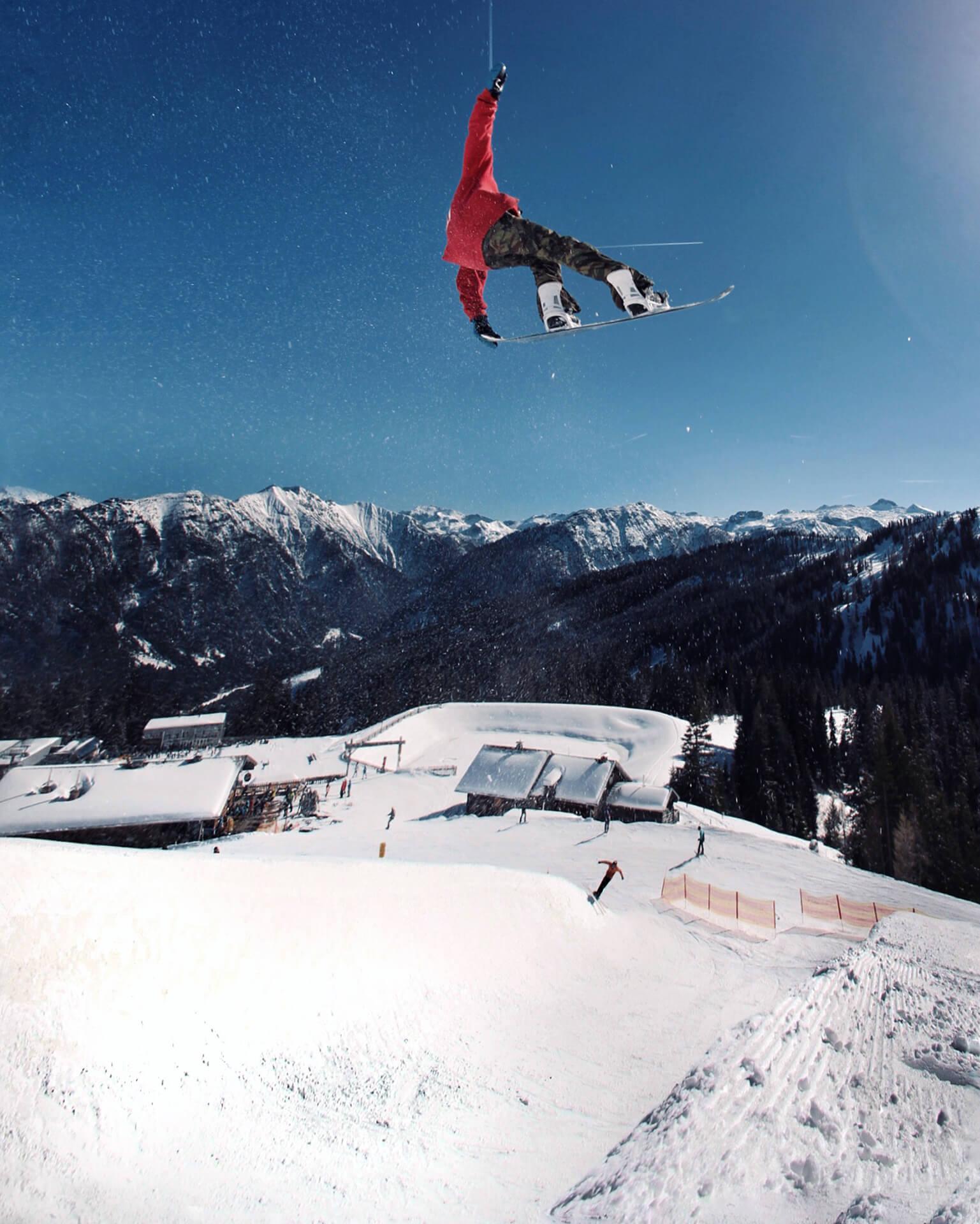 Clemens Millauer: Halfpipe Air @ Absolut Park